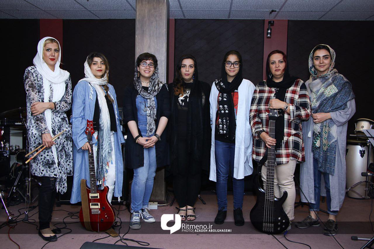 صنم پاشا در آستانه اولین کنسرت گروه راک بانوان : ماندن در ایران، یک انتخاب بود